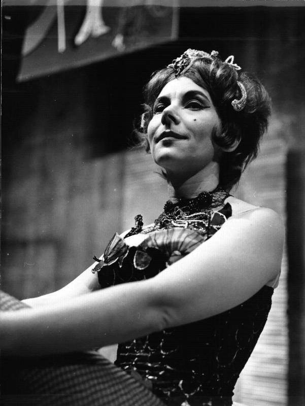 'Lulu' - Staatsoper Wien, Porträtfoto Evelyn Lear im Kostüm