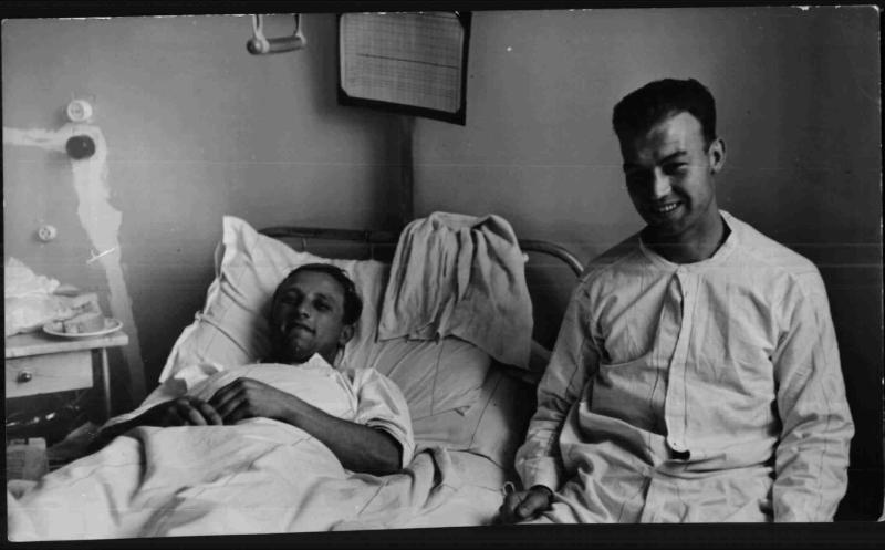 Die Rapidspieler Wagner II und Hofstätter im Spital