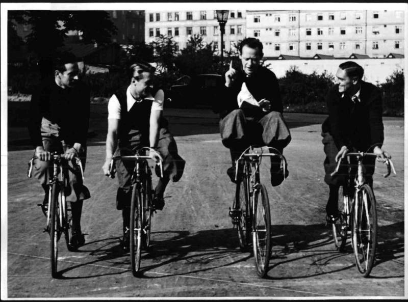 Vier Radrennfahrer