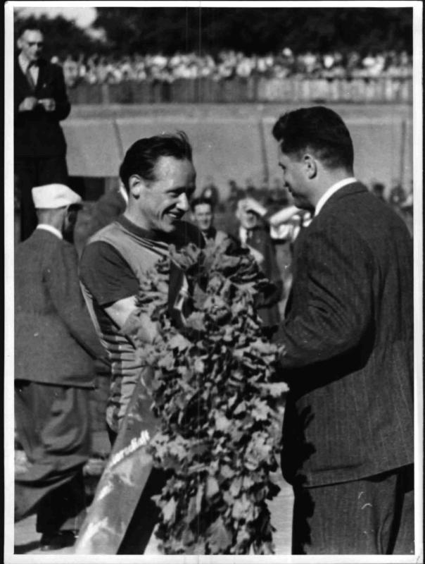 Der Bahnradrennfahrer und Olympiasieger Toni Merkens