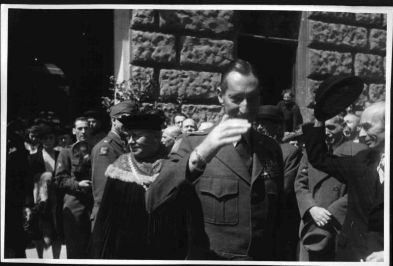 Ehrendoktorat für General Clark