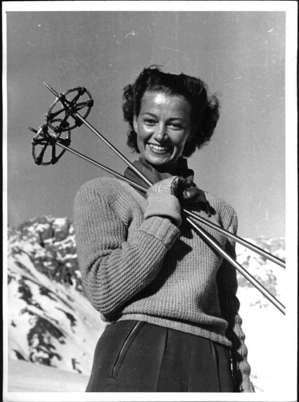 Wintersportlerin in St. Anton