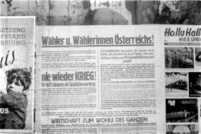 Österreichische Wahlen 1945 Zeitungsausschnitt 'Wähler und Wählerinnen Österreichs!', 'Nie wieder Krieg!'