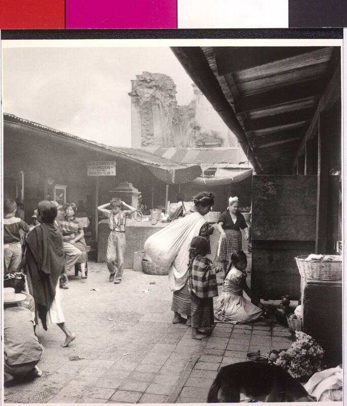 Marktszene in Antigua, Guatemala