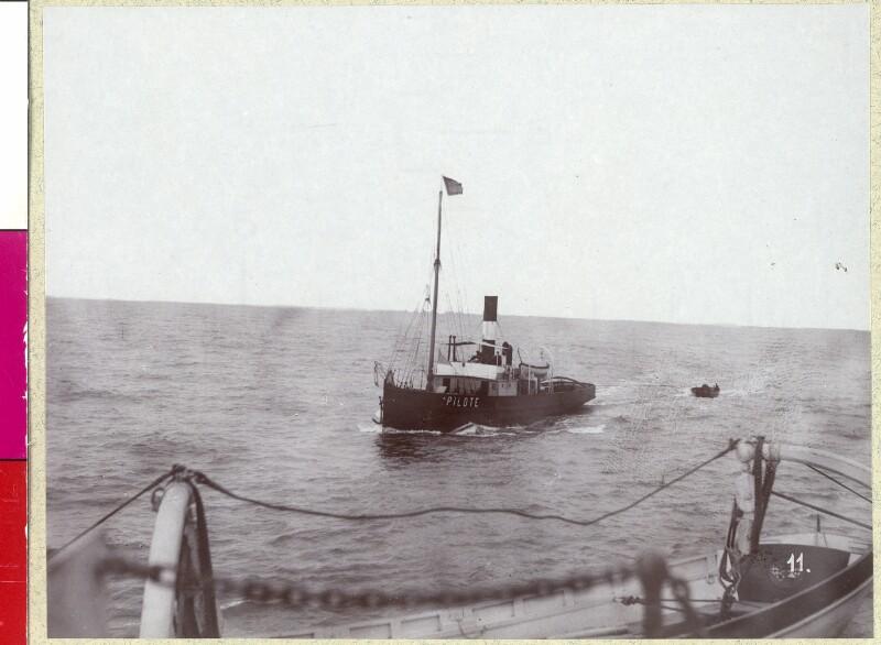 """""""Pilot an Bord"""". Port Said"""