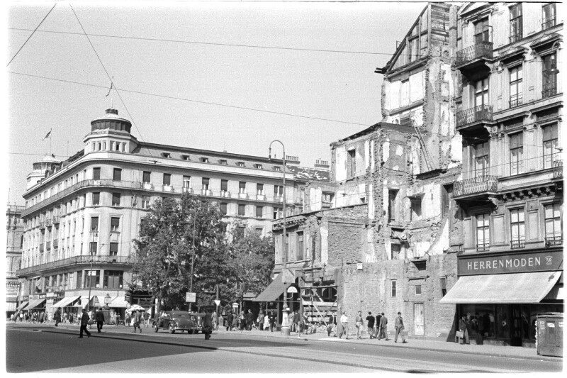 Meinl-Ecke Kärntnerstraße