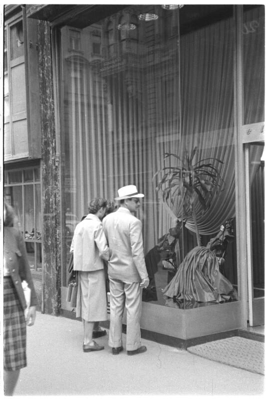 Modeauslage in der Kärntnerstraße