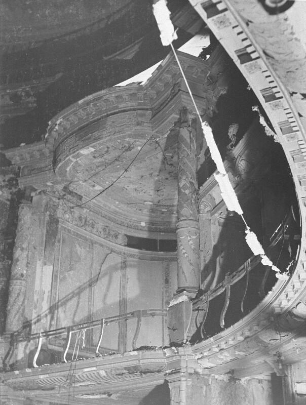 Zerstörtes Burgtheater