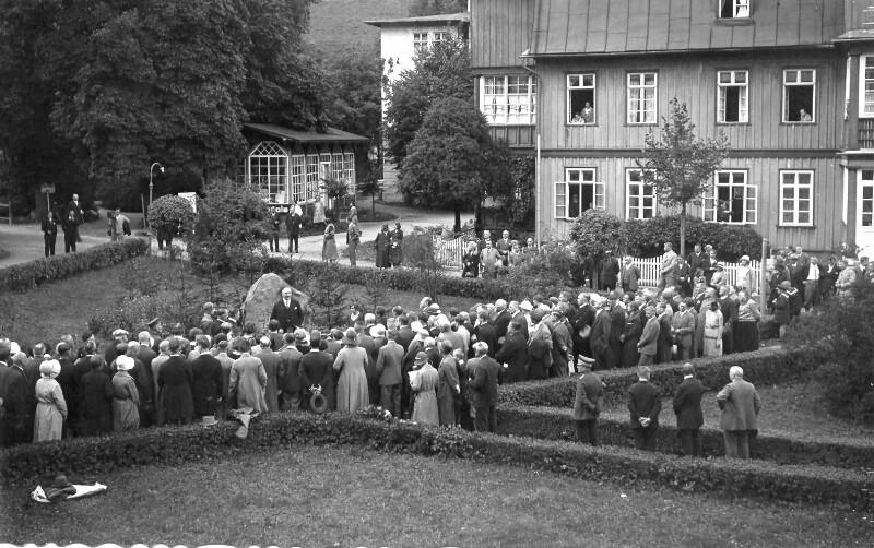 Einweihung des Zamenhof-Denkmals in Bad Reinerz, 1931