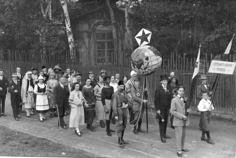 Esperanto-Gruppe Freiberg im Festzug 1925