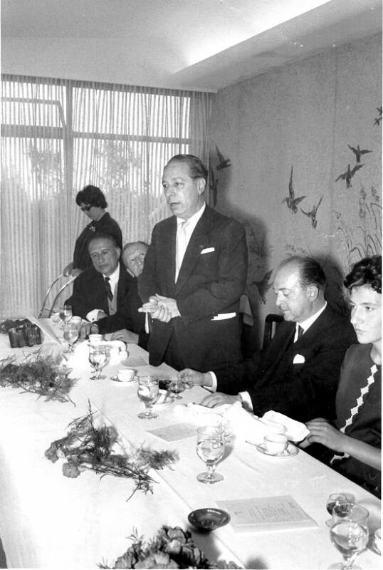 Rene Llech-Walter auf Vortragsreise in Spanien 1956