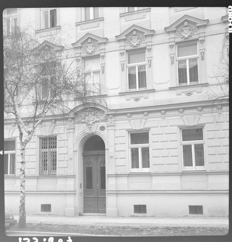Wien 13, Trauttmansdorffgasse 27