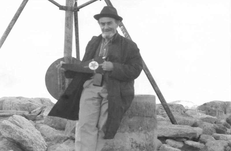 Tibor Sekelj auf dem Gipfel des Mount Kosciuszko, um 1960