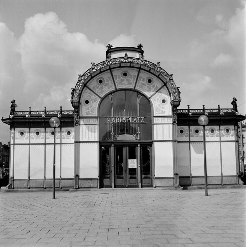 Wien 4, Stadtbahnstation Karlsplatz