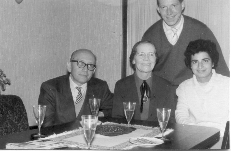 Ehepaar Hamvai und Ehepaar Renschler, Köln 1961