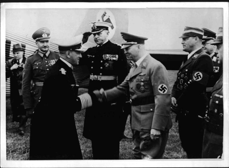 Großadmiral Raeder in Dresden
