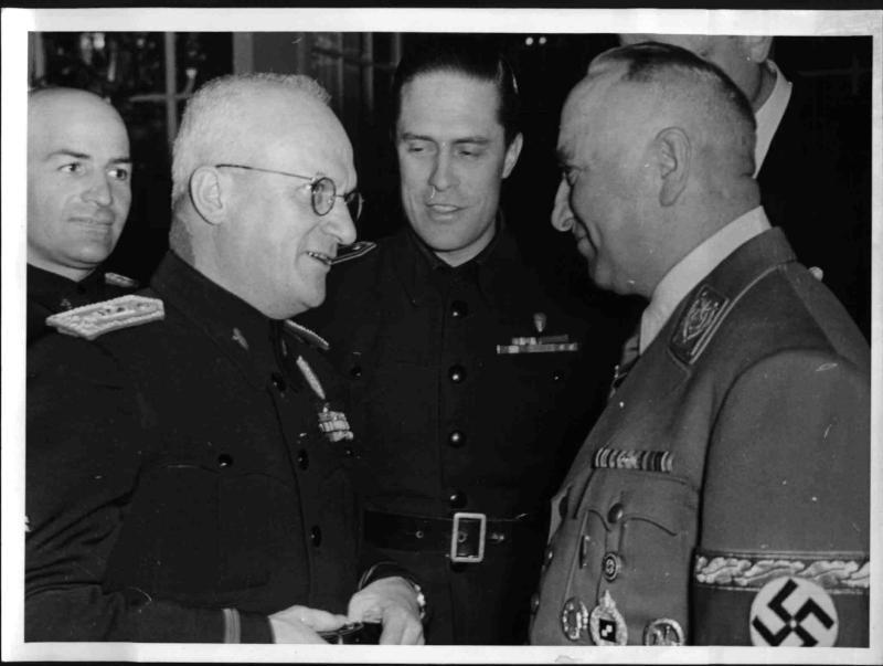 Robert Ley empfängt den italienischen Nationalrat Tarabini