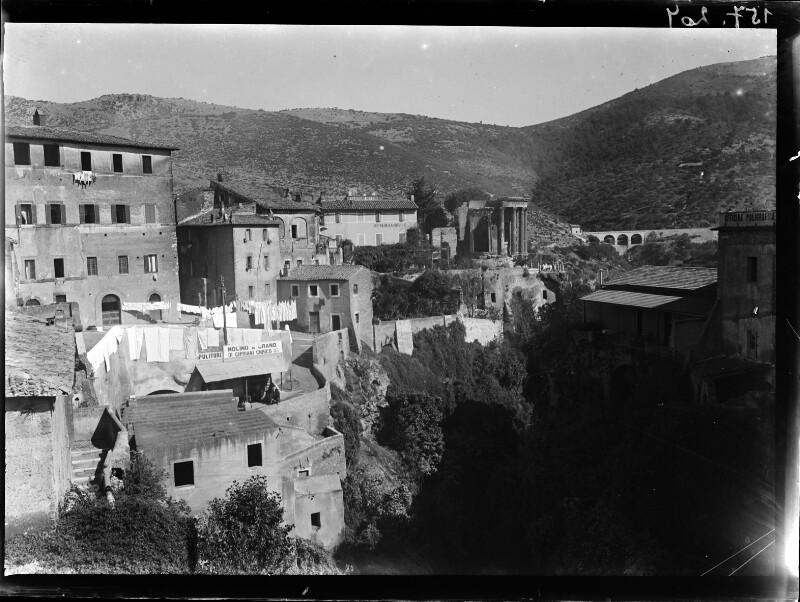 Blick über Tivoli, Italien, mit Sibyllentempel