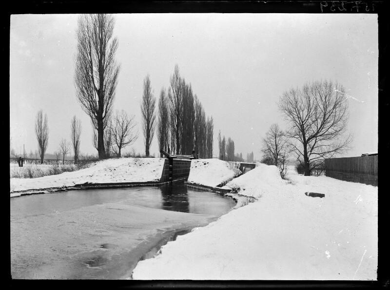 Wiener Neustädter Kanal im Winter