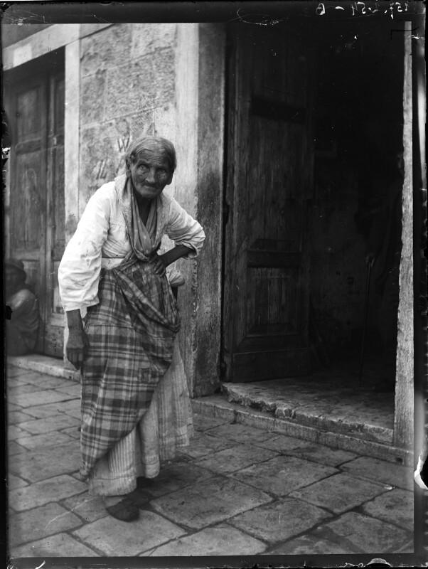 Alte Frau aus Chioggia, Italien