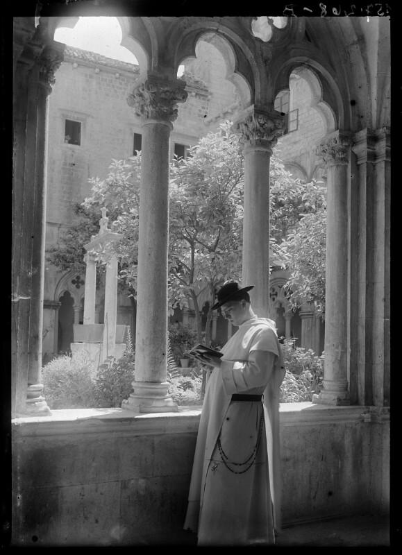 Geistlicher in Dominikanerkloster in Ragusa