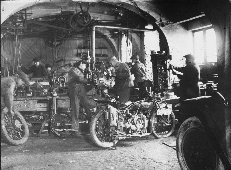Werkstätte eines Motorradmechanikers