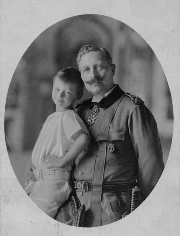 Kaiser Wilhelm II. und sein ältester Enkel