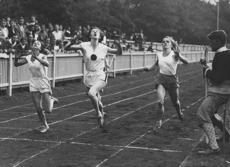 100m-Lauf der Frauen am WAC-Platz