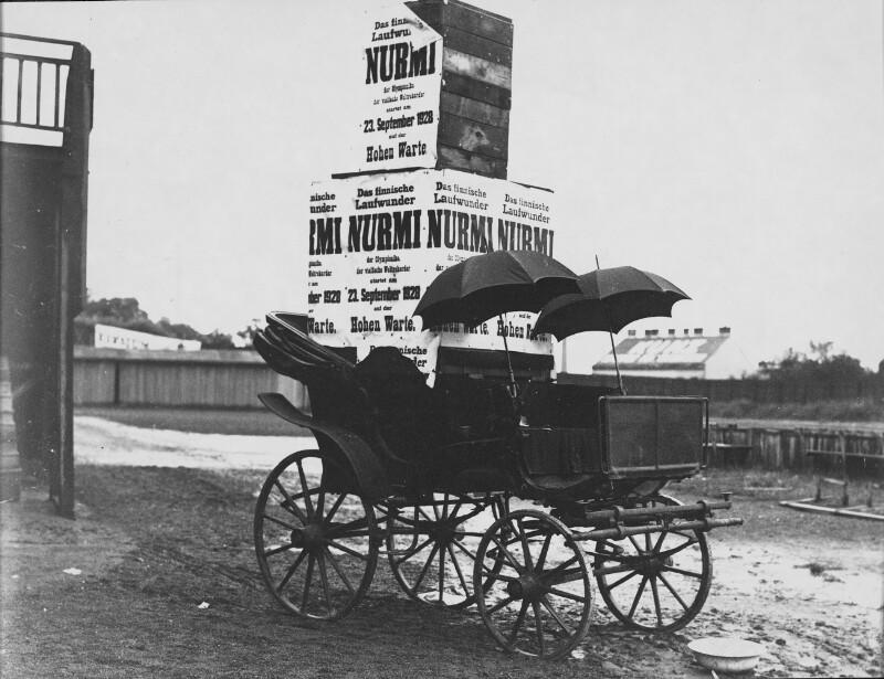 Werbewagen für Nurmi-Meeting