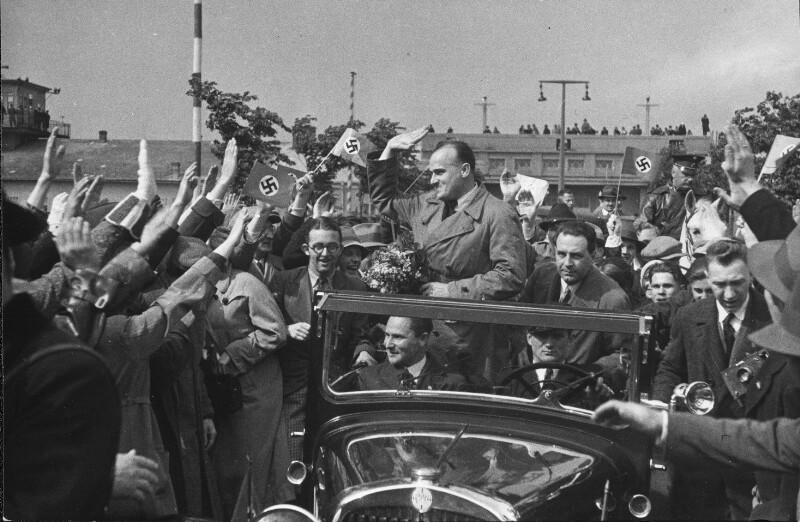 Besuch des deutschen Ministers Hans Frank in Wien