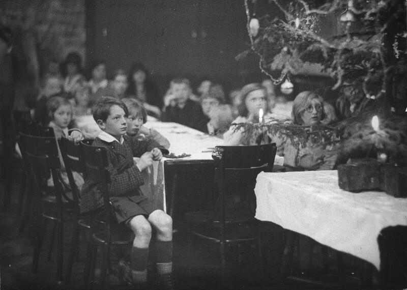 Weihnachtsfeier für bedürftige Kinder