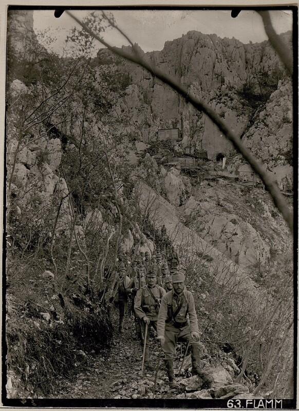 Abstieg vom Monte Sabotino zur achttägigen Rast