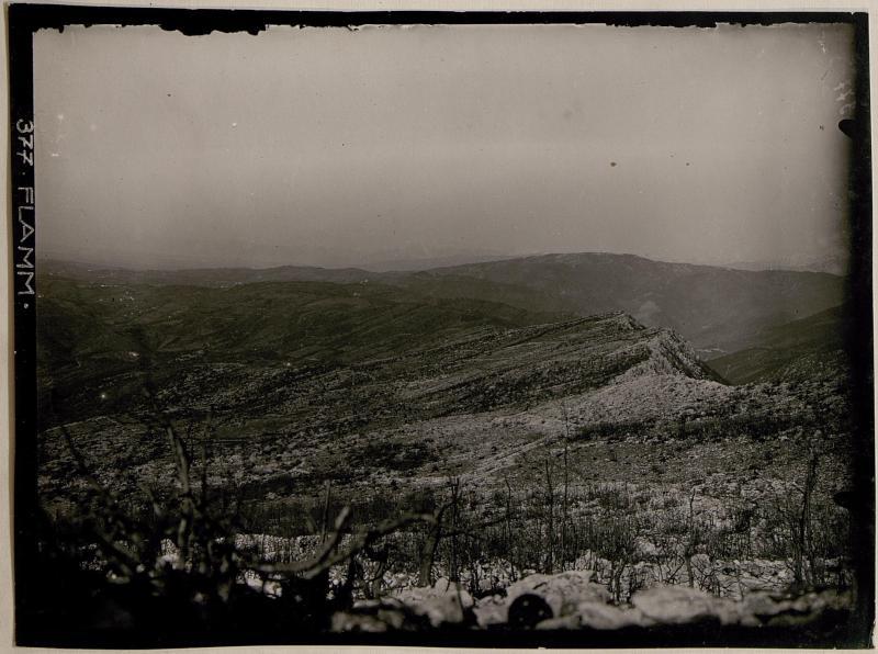 Ansicht der von den Italienern besetzten Stellungen bis zum Steilabfall des Monte Sabotino
