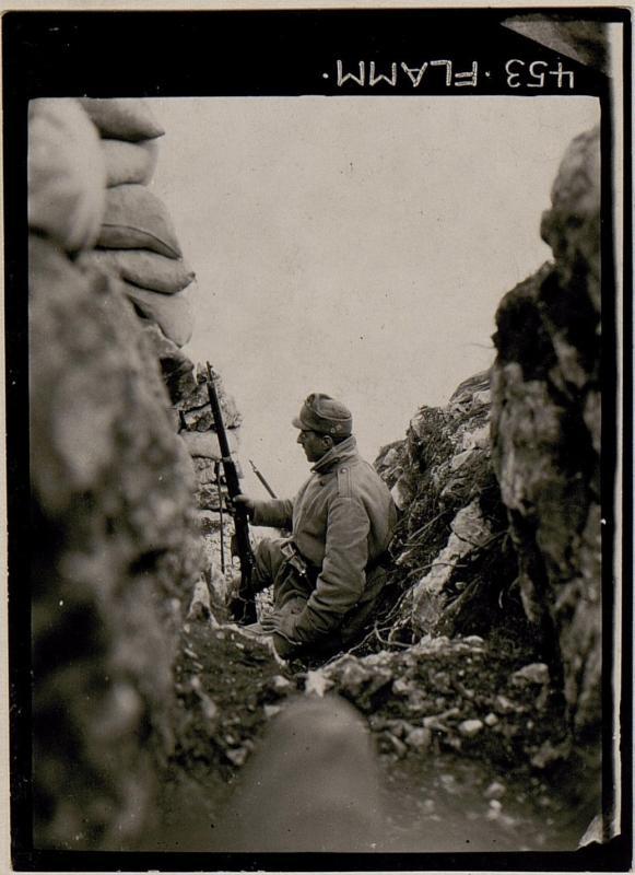 Beobachtungsposten am Kamm des Monte Sabotino