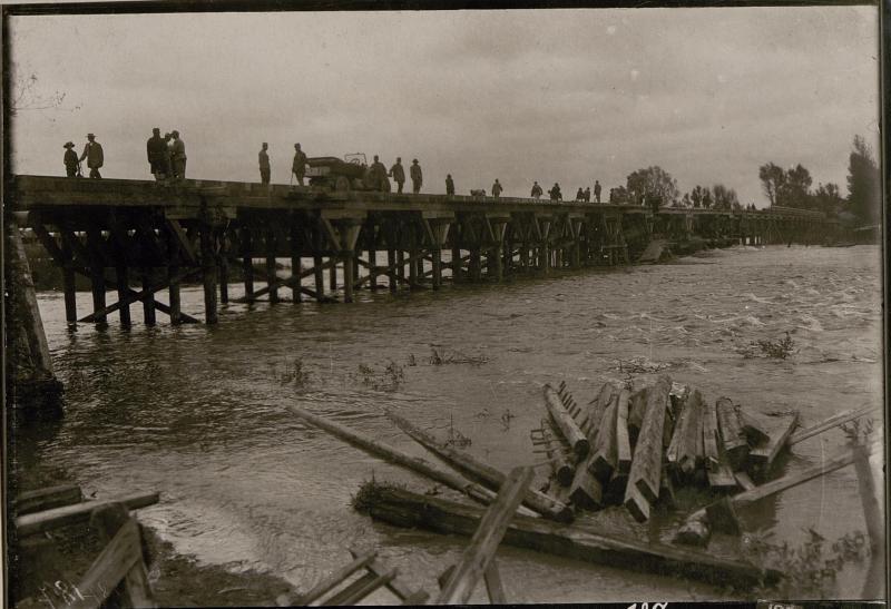 Abgebrannte Brücke bei Stryj (Neubau IV.)