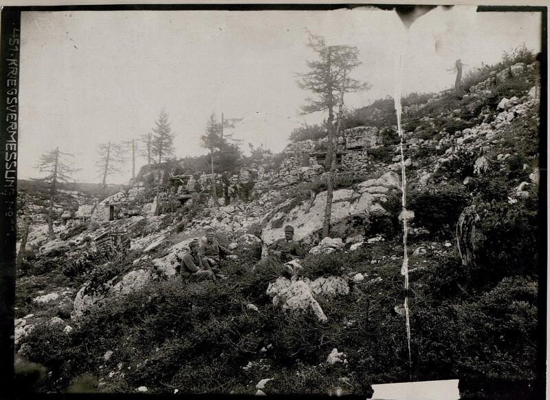 Bataillons-Kommando am Monte Forno.