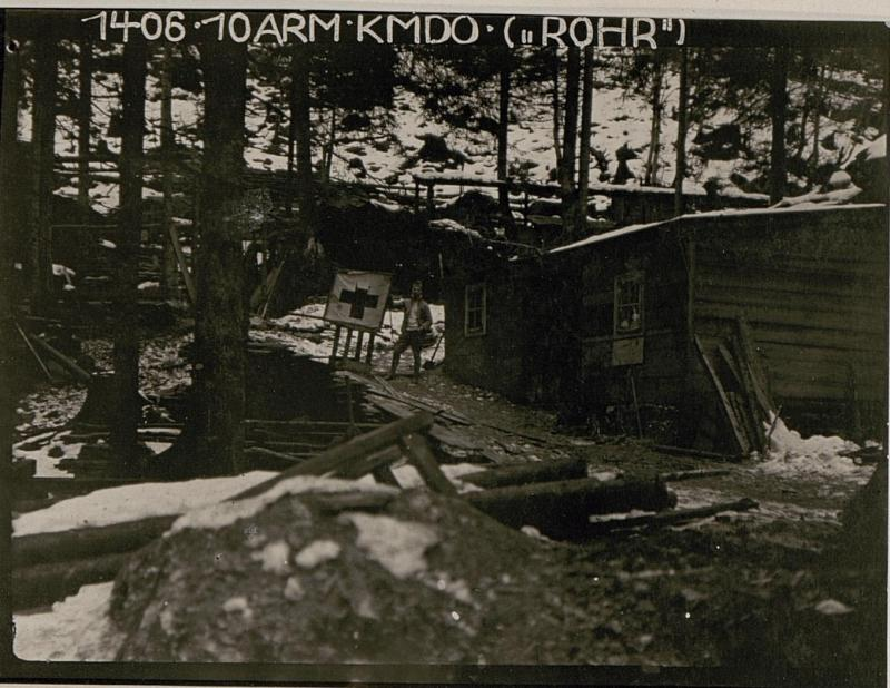 48.Infanterie-Truppen-Division Plöcken-Baracken Kote 1014, Provisorischer Hilfsplatz nach der Zerstörung.