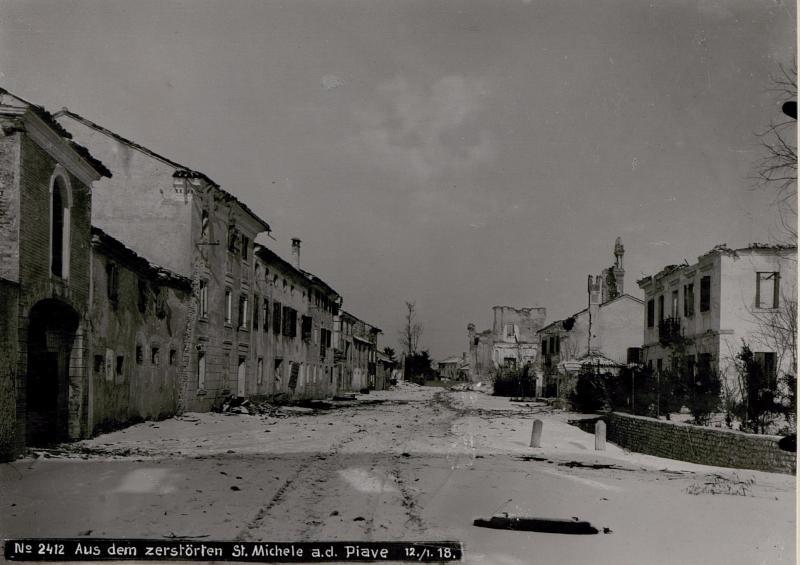 Aus dem zerstörten San Michele di Piave