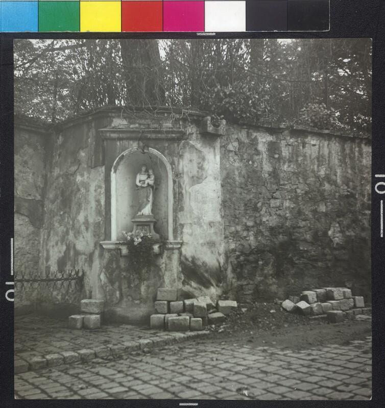 Wien 19, Armbrustergasse 15