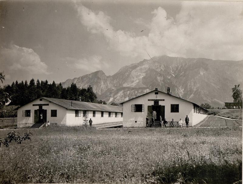 Feldspital in Thörl-Maglern.Krankenbaracken.