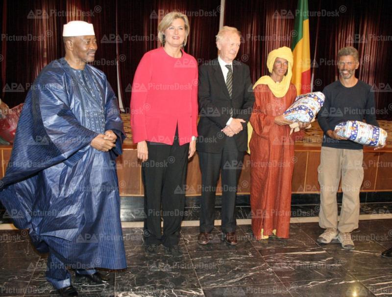 Bamako - Sahara Geisel befreit