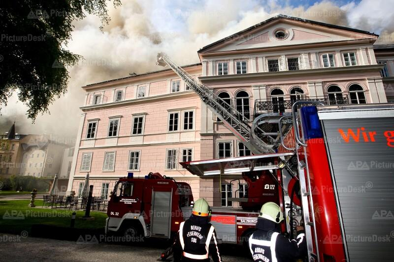 Brand auf Schloss Arenberg in Salzburg