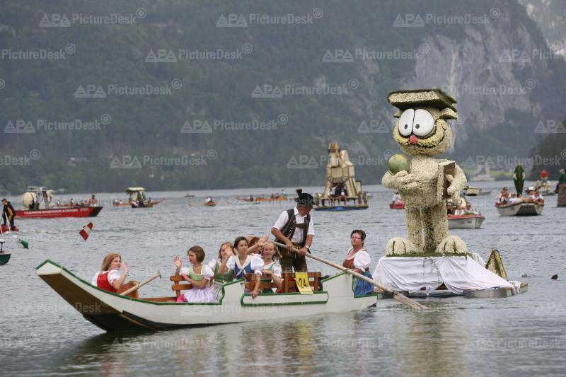 50. Narzissenfest in Bad Aussee: Bootskorso am Grundlsee