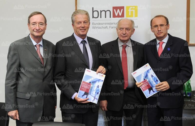 Christoph Leitl, Reinhold Mitterlehner, Bernhard Felderer und Othmar Karas