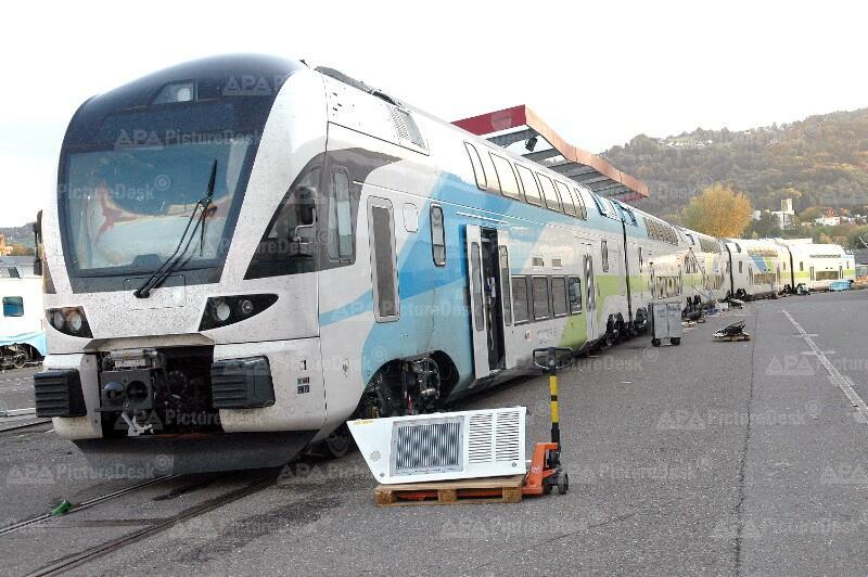 Stadler KISS Doppelstocktriebzug der Version WESTbahn UIC-FER: 93 85 4010 001–007