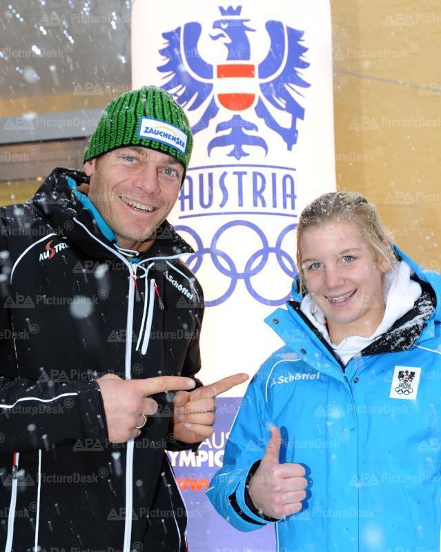 EINKLEIDUNG FÜR DIE YOUTH OLYMPIC GAMES 2012: WALCHHOFER/RETTENWENDER.