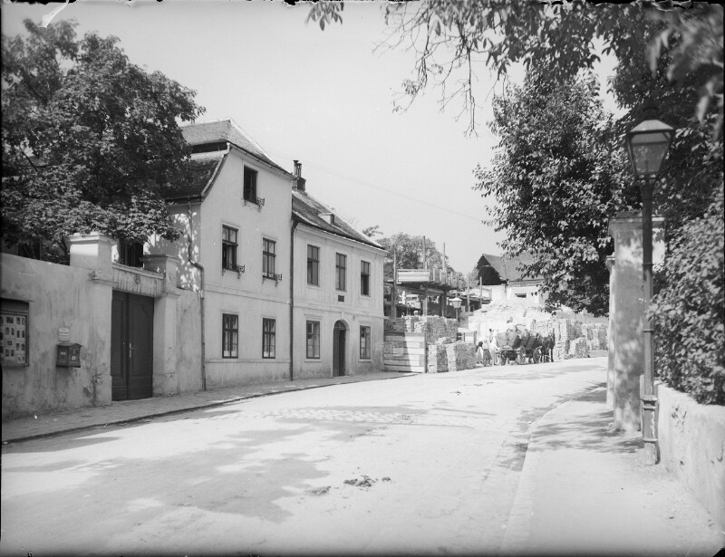 Wien 19, Grinzingerstraße 66-64
