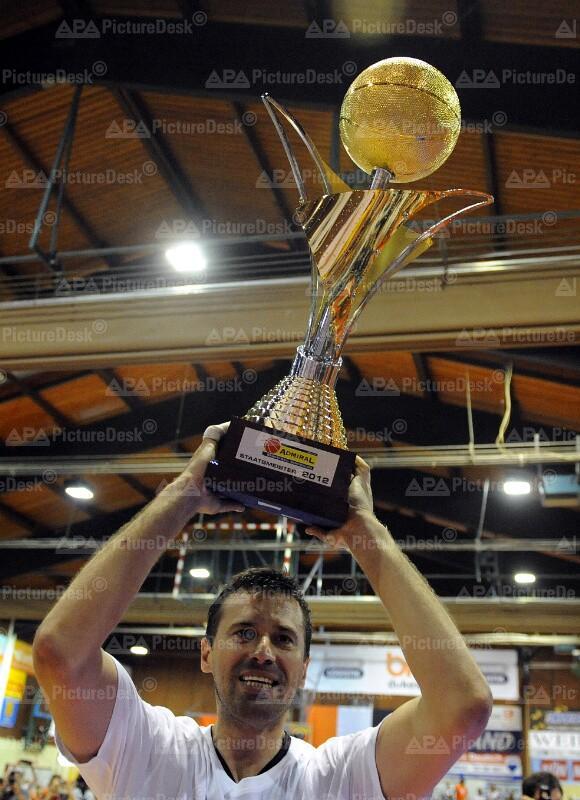BASKETBALL BEST OF FIVE 4.SPIEL: XION DUKES KLOSTERNEUBURG - ALLIANZ SWANS GMUNDEN.