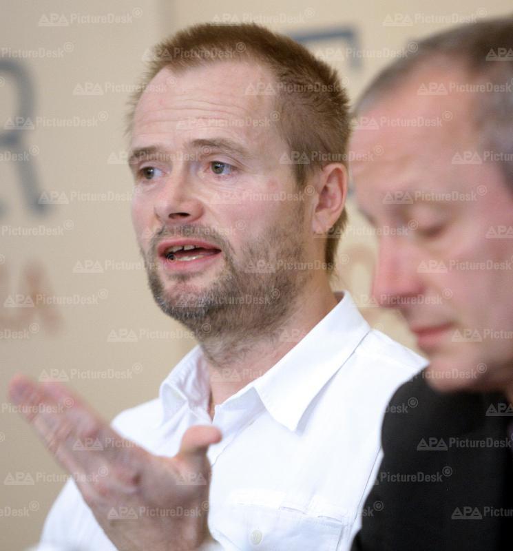 Enthaftung des Tierschützers Martin Balluch