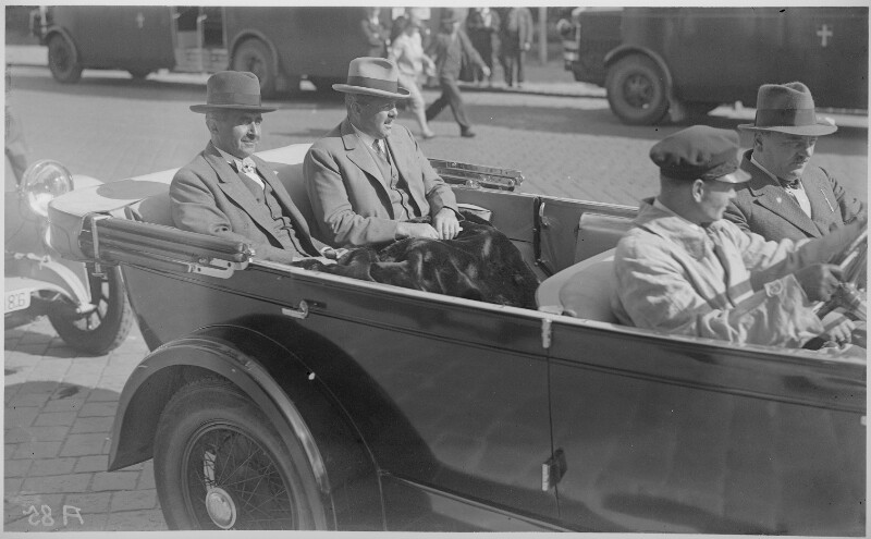 Ankunft von Bundeskanzler Steeruwitz aus Genf